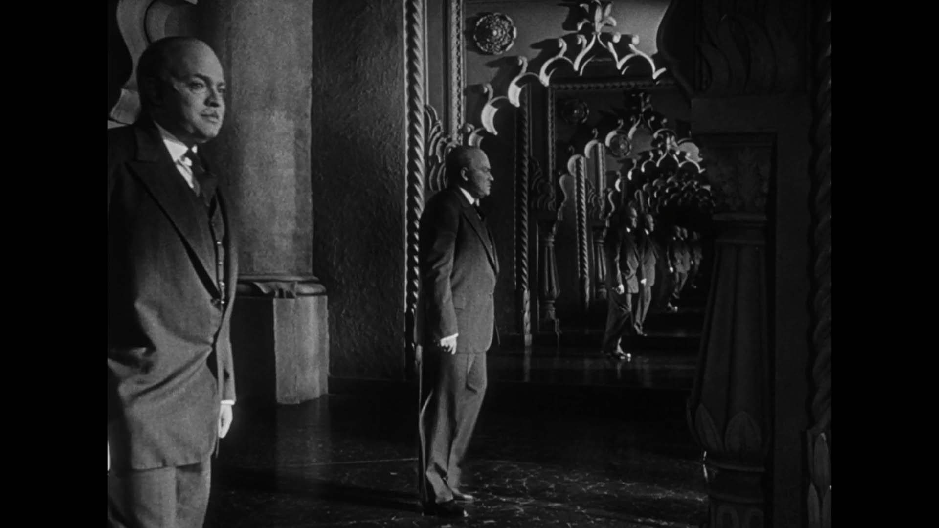 an analysis of citizen kane At the heart of citizen kane is charles foster kane, or more  film is it combines  a lot of interesting and innovating techniques all in one place.